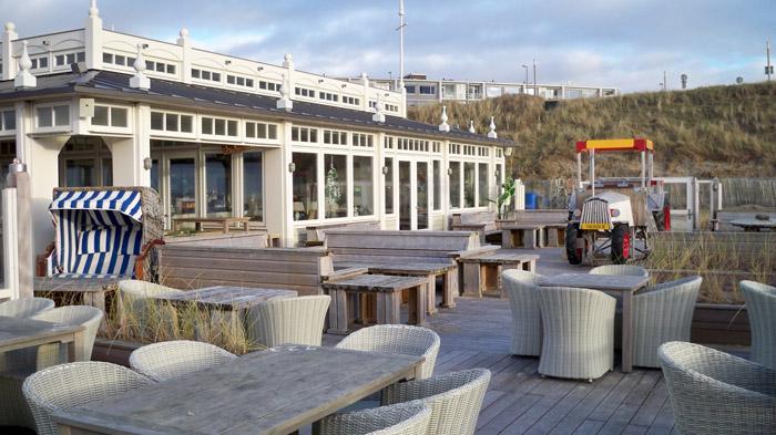 Strandpavillon am Strand von Zandvoort ® weltvermessen.de