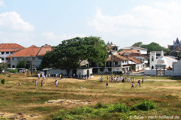 Spielende Kinder in Galle