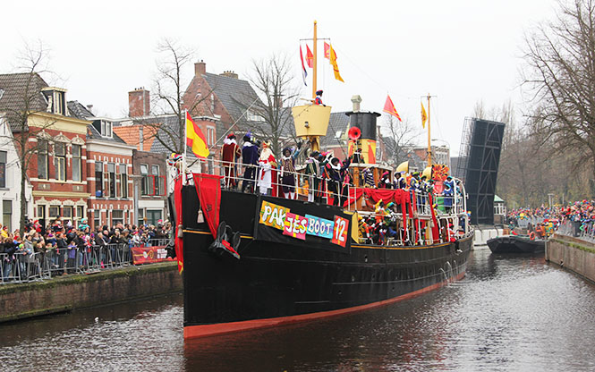 Aankomst Sinterklaas Groningen 2013, Foto:  Rudi Niemeijer