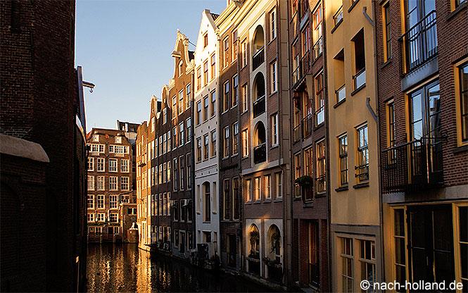 Mit Dem Auto Nach Amsterdam Und Dazu Ein Perfektes Hotel