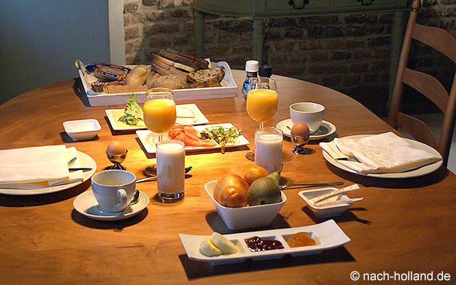 Frühstück nachher Suite Schloss Huis Bergh