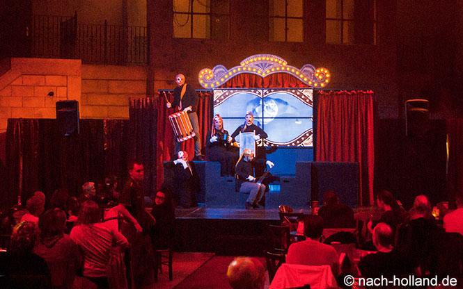 Show am Abend im Centerparcs De Eemhof