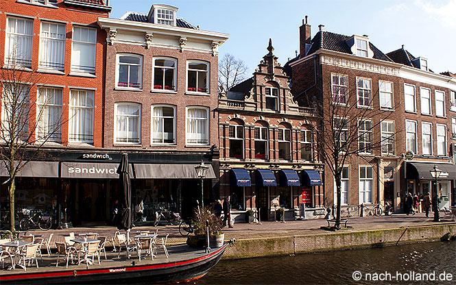 Die Innenstadt von Leiden mit ihren schönen Grachten