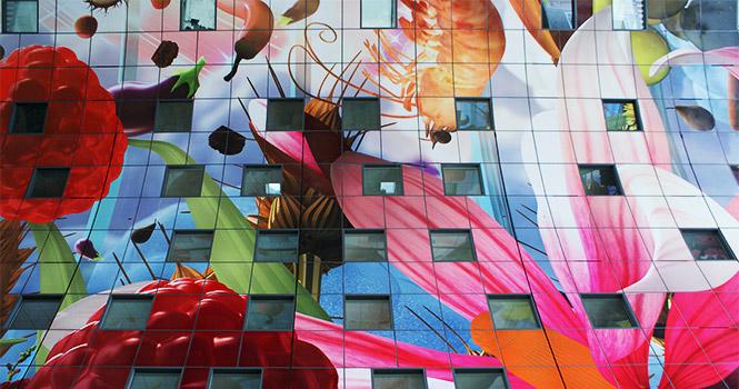 Kunst in der Markthalle in Rotterdam
