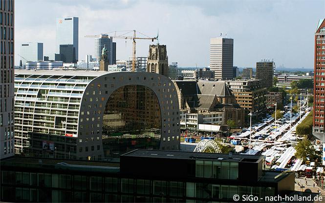 Die Markthalle in Rotterdam von oben