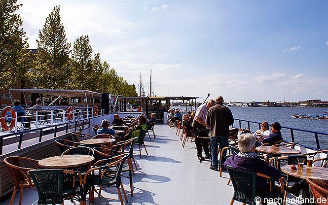 Sonnendeck Rad- und Schiff