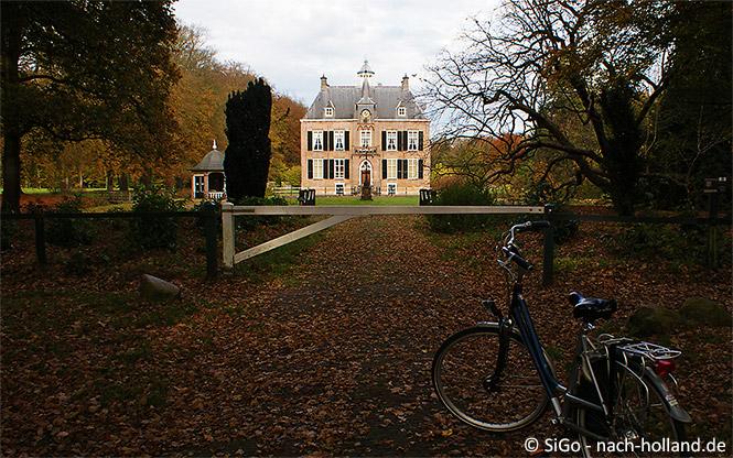 Schloss Den Bramel auf der Achtkastelenroute