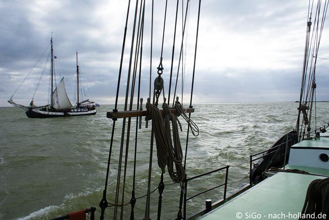 Segelschiff auf dem Wattenmeer