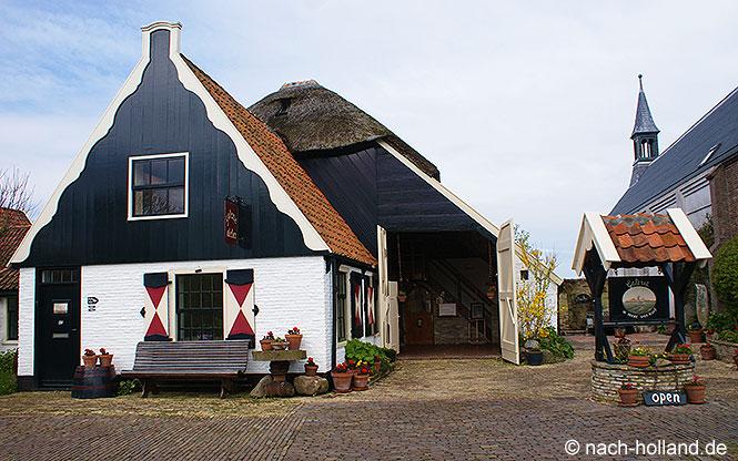 Typische Häuser in Oudeschild auf Texel