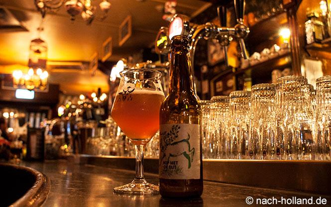"""Bier """"Hop met de Gijt"""" im Café de Harmonie in Weert"""