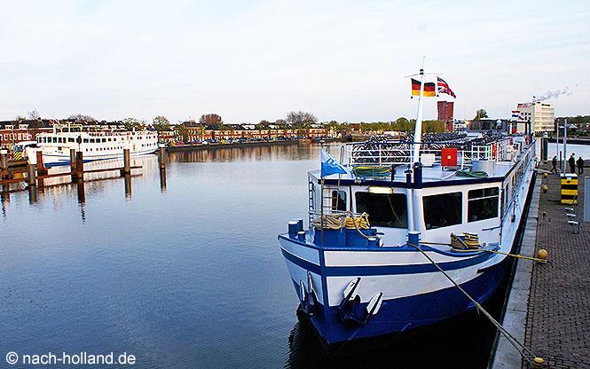 Schiff von Boat Bike Tours