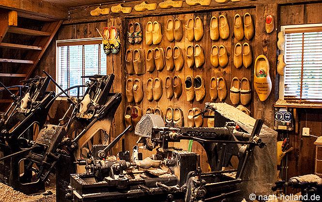 Zaanse Schans Klompenfabrik