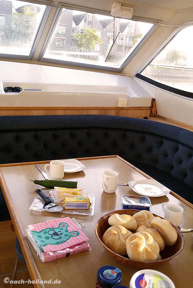 hausboot frühstück