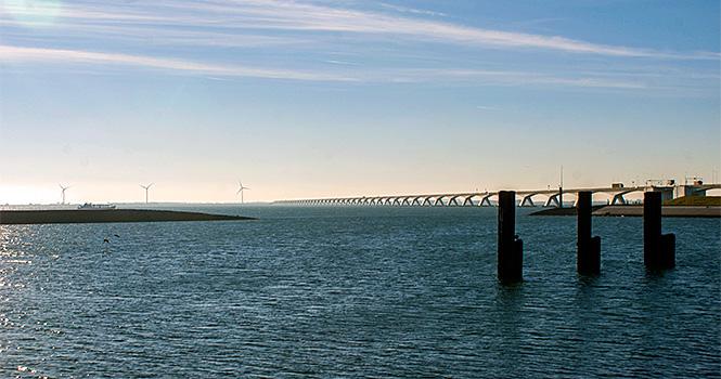 holland wasser zeelandbrücke