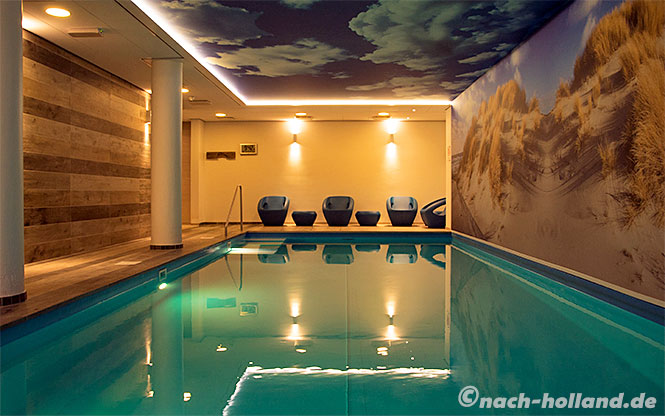 domburg badhotel pool