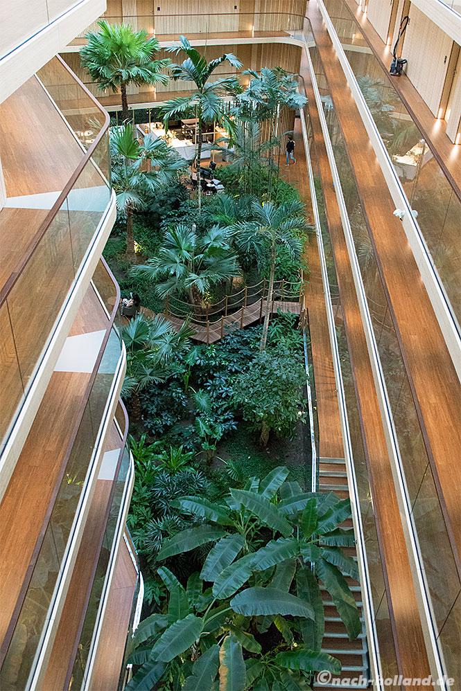hotel jakarta amsterdam palmengarten von oben
