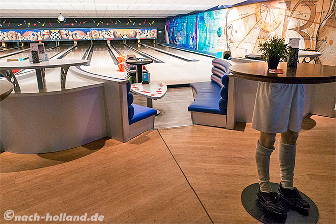 hup hotel bowling
