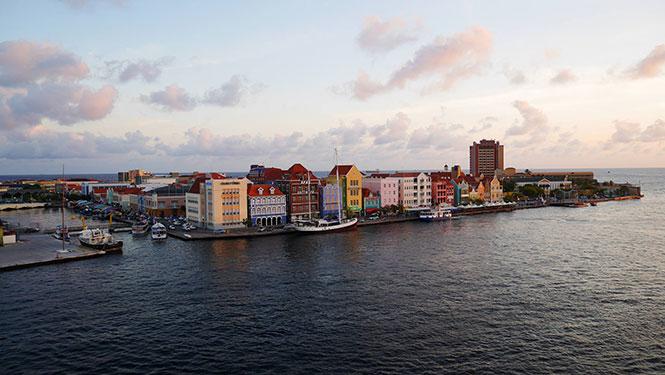 Abendstimmung über Curacao, fotograf: Katharina Kruppa