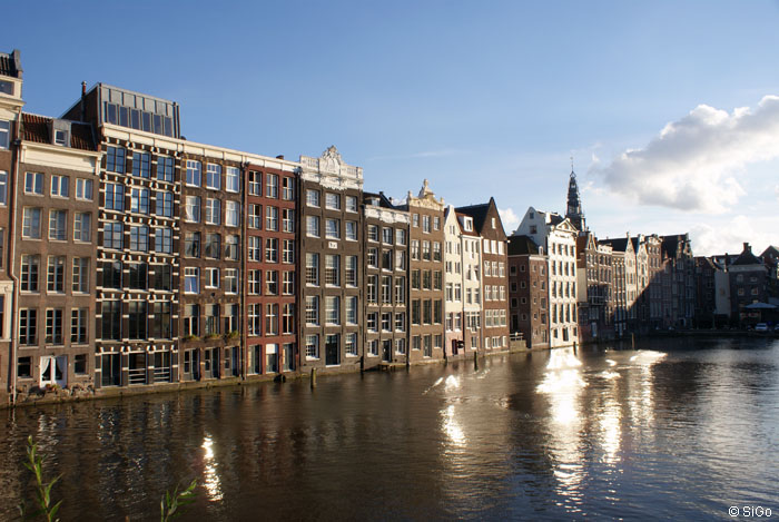 Typische Grachtenhäuser in Amsterdam