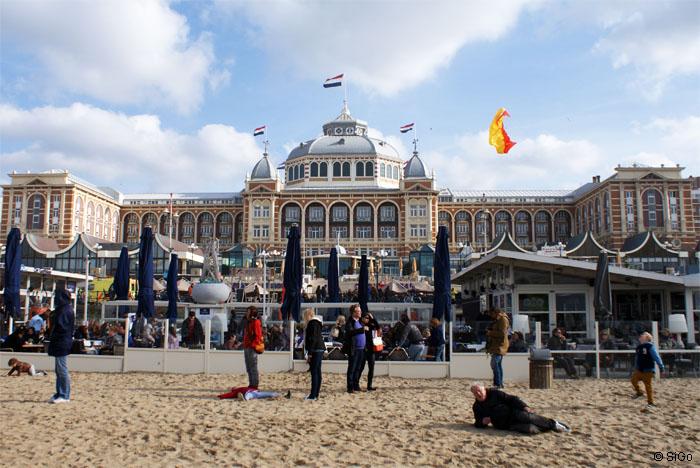 Kurhaus am Strand von Scheveningen