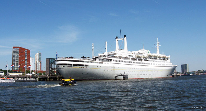 Der ehemalige Passagierdampfer SS Rotterdam